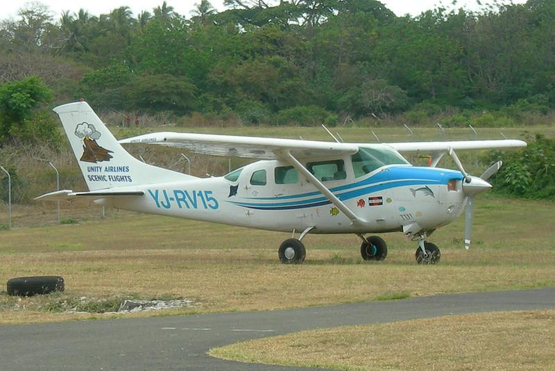 YJ-RV15 Cessna U.206G Stationair 6 c/n U206-04725 Tanna/NVVW/TAH 13-11-09