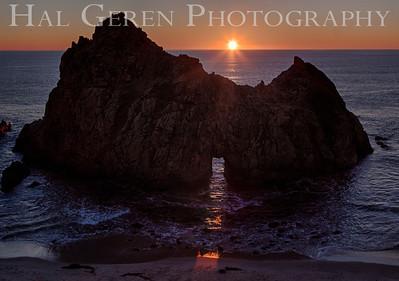 Portal at Pfeiffer Beach Big Sur, California 1312BS-PH4