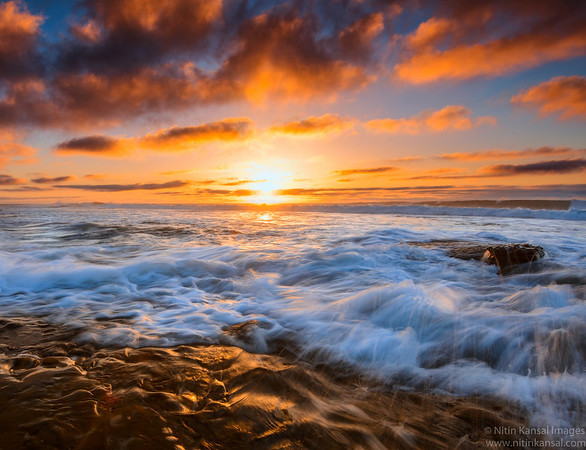 Golden Sunset at spectacular beach of La Jolla shores
