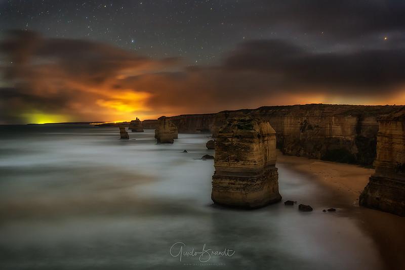 Twelve Apostels under Fiery Sky