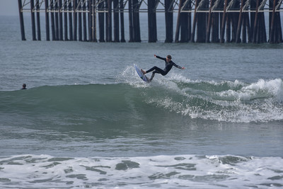 San Diego Surf Photos - Oceanside Pier Surfers  1/20/18