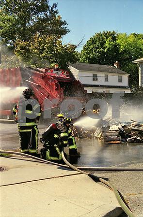 OFD Garbage Truck Fire Roxbury Rd & Windsor Pkwy
