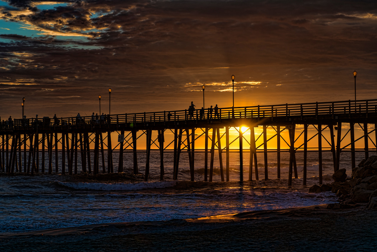 Sunset at the pier #39