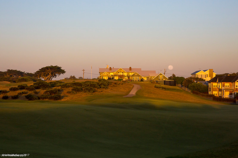 """Images from the """"Sandbelt Classic""""  golf trip to Melbourne, Victoria Australia, by """"Saturday morning"""" golf members of Royal Wellington Golf Club from October 2015 to 28 October 2015."""