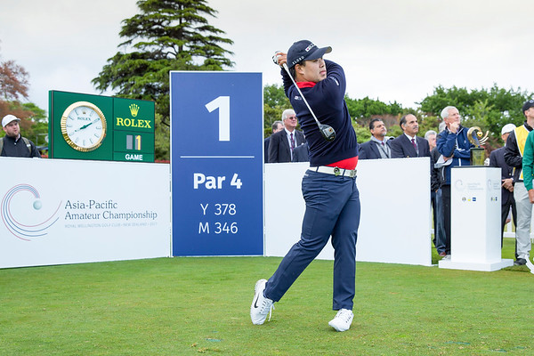 Jang Seung-bo from Korea hitting off the 1st tee on Play Day 1 of the Asia-Pacific Amateur Championship tournament 2017 held at Royal Wellington Golf Club, in Heretaunga, Upper Hutt, New Zealand from 26 - 29 October 2017. Copyright John Mathews 2017.   www.megasportmedia.co.nz