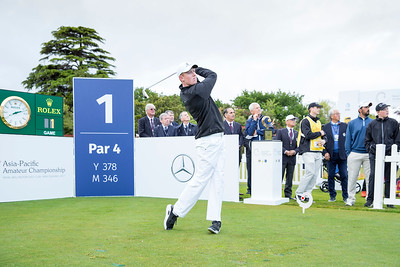Henry Spring from New Zealand hitting off the 1st tee on Day 1 of competition in the Asia-Pacific Amateur Championship tournament 2017 held at Royal Wellington Golf Club, in Heretaunga, Upper Hutt, New Zealand from 26 - 29 October 2017. Copyright John Mathews 2017.   www.megasportmedia.co.nz