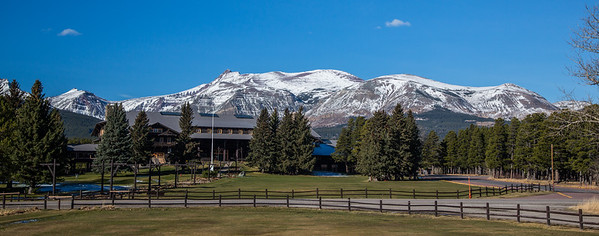 Glacier Park Lodge, East Glacier