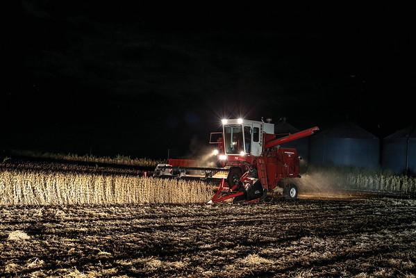 International Harvester 715