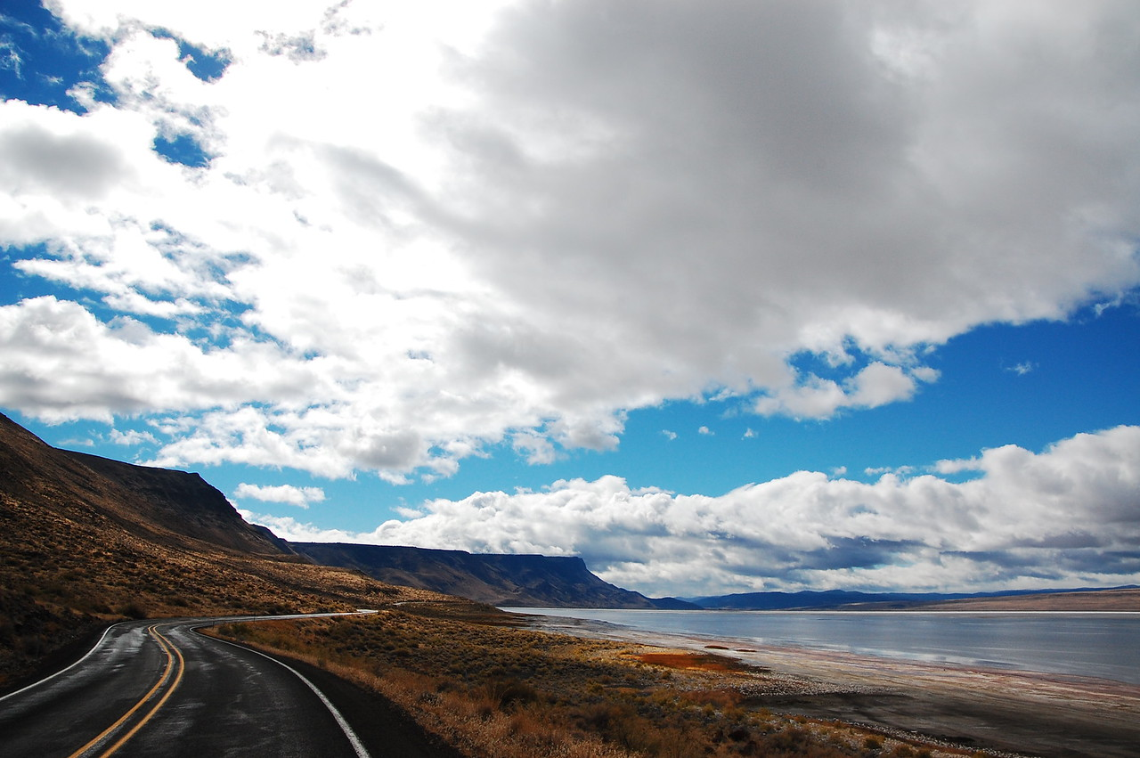 Lake Abert, near Valley Falls, OR; along US 395.  This lake, and several others on the route, is damn near dried up.