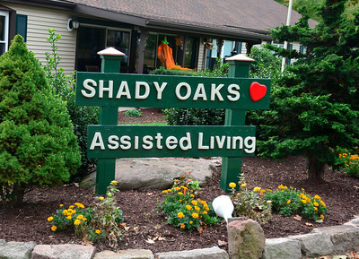 10/13/2016 Mike Orazzi   Staff Shady Oaks in Bristol.