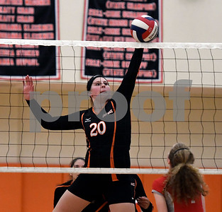 10/11/2017 Mike Orazzi | Staff Terryville's Alyssa Oakes (20) during Wednesday night's volleyball match in Terryville.