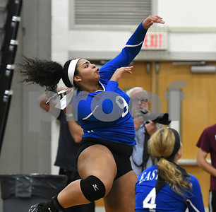 10/26/2017 Mike Orazzi | Staff Bristol Eastern's Sienna White (9) during Thursday night's volleyball match at BC.
