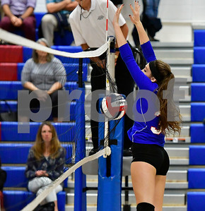 10/11/2018 Mike Orazzi   Staff St. Paul's Kelsi Blatchley (33) Thursday night at St. Paul.