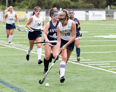 10/15/18  Wesley Bunnell | Staff  Newington field hockey vs Avon on Monday afternoon.  Newington's Taylor Kilduff (10).