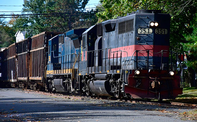 10/16/2018 Mike Orazzi | Staff The freight train rolls through Forestville near Central Street on Tuesday.