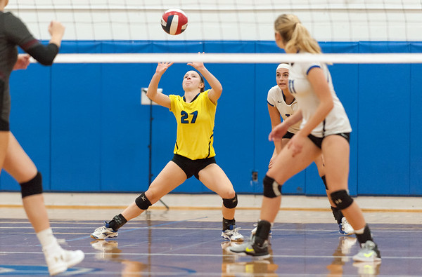 10/30/18 Wesley Bunnell | Staff Southington girls volleyball was defeated 15-10 in the 5th set by Farmington in a 2nd round CCC Tournament game on Tuesday night at Southington High School. Lynsey Danko (27).