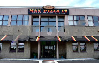 10/4/2018 Mike Orazzi | Staff Max Pizza IV on King Street in Bristol.