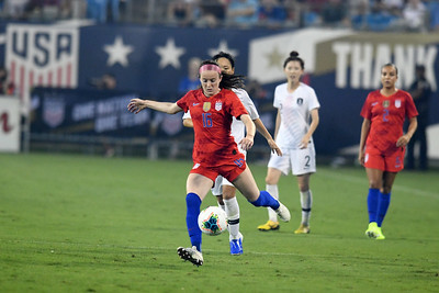 #16 Rose Lavelle and #2 Mallory Pugh