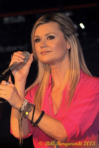 Beverley Mahood opening for Jo Dee Messina at Cook