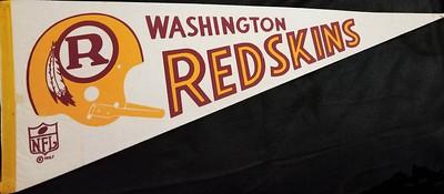 1970 R Helmet Redskins Pennant