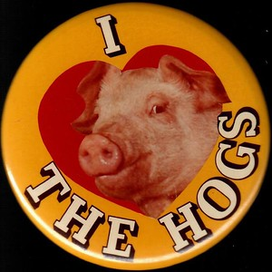 "1980s ""I Love The Hogs"" Pin"