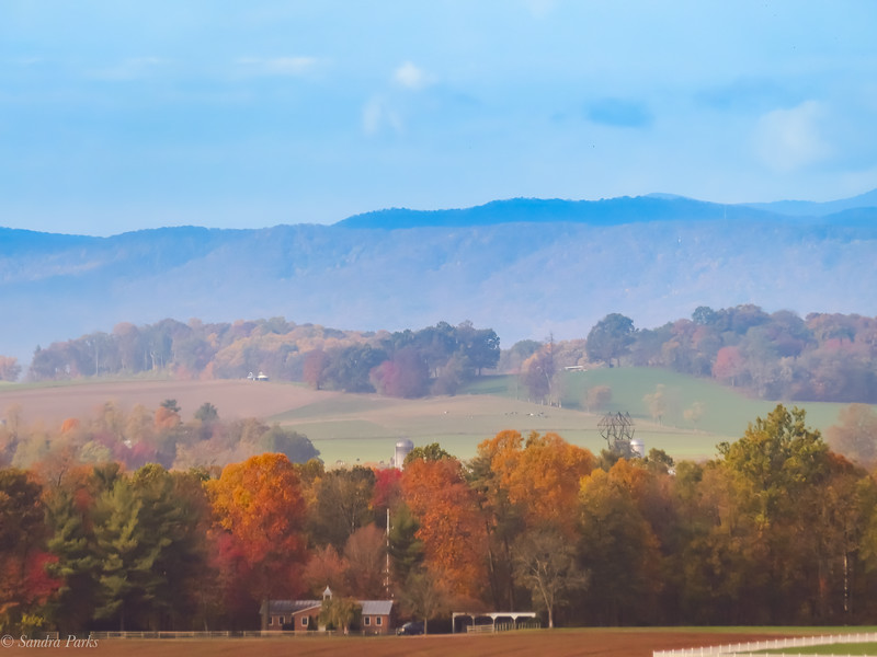 10-23-2020: Mennonite schoolhouse, in the shadow of the mountains