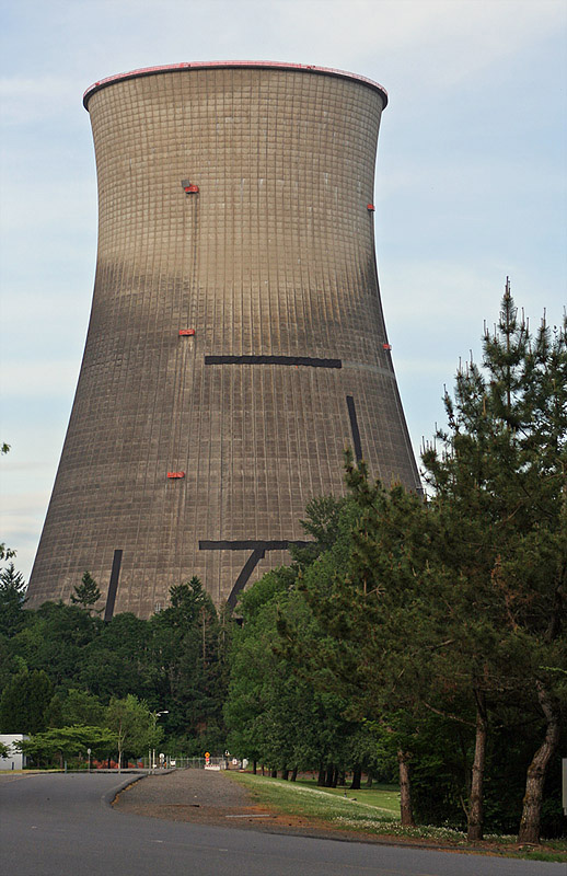 Cooling Tower Implosion at the Trojan Nuclear Power Plant