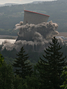 Cooling Tower Implosion 6 (60540187)