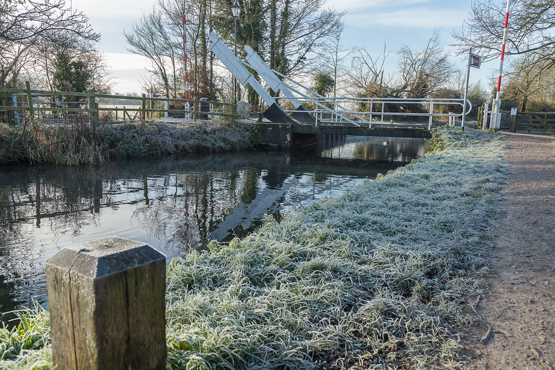 Swing bridge on the Basingstoke Canal on a frosty morning