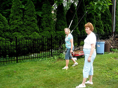 """This is what """"Horseshoes for dollars"""" looks like, OTCG style.  Deb and Mary Evelyn are double teaming..."""
