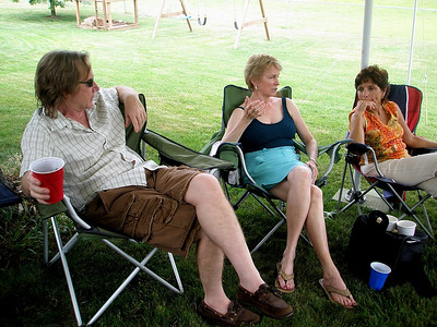 "Anne explains the facts of life to Rocker Dave and Gloria.  Both were heard to exclaim ""I didn't know that!"" before the day was done."