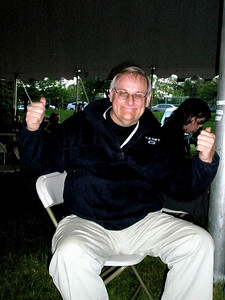 Bill, of Civilized Sounds, was making announcements for Sommerfest.  Just so you know, this guy can DANCE!