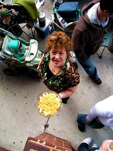 Jannie!  She didn't really have to make a pie to come to the parade but Jannie never goes anywhere unprepared!