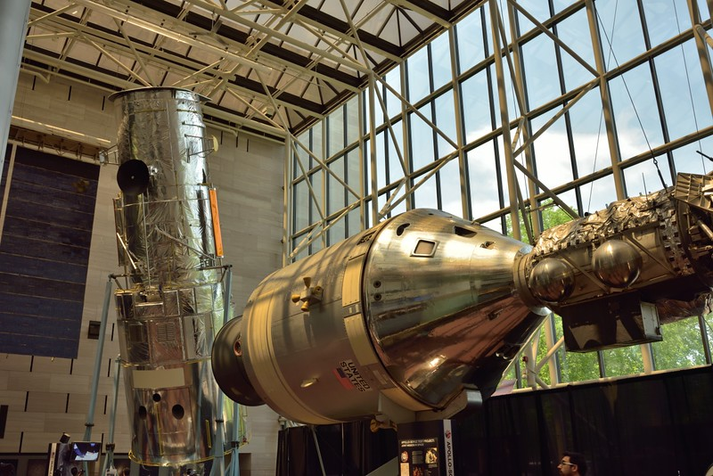 The Hubble Space telescope and Apollo command module<br /> <br /> Smithsonian Air & Space Museum<br /> Washington. DC