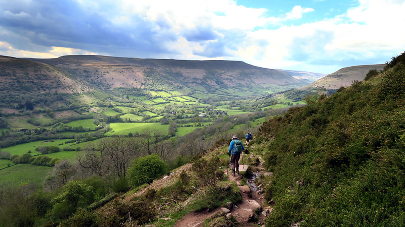 A tricky descent down Beacons Way.