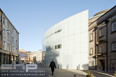 20110228 Morrison St - Cube sur 002