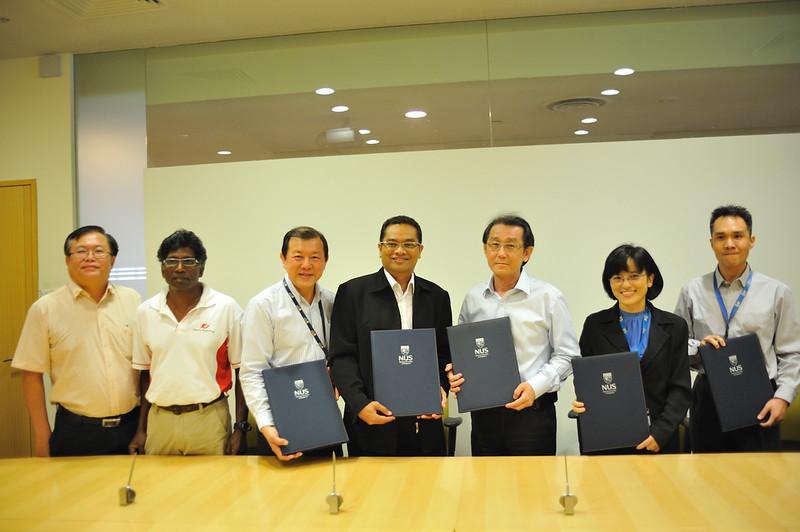 2012 ESU NUS Signing of CA - 47