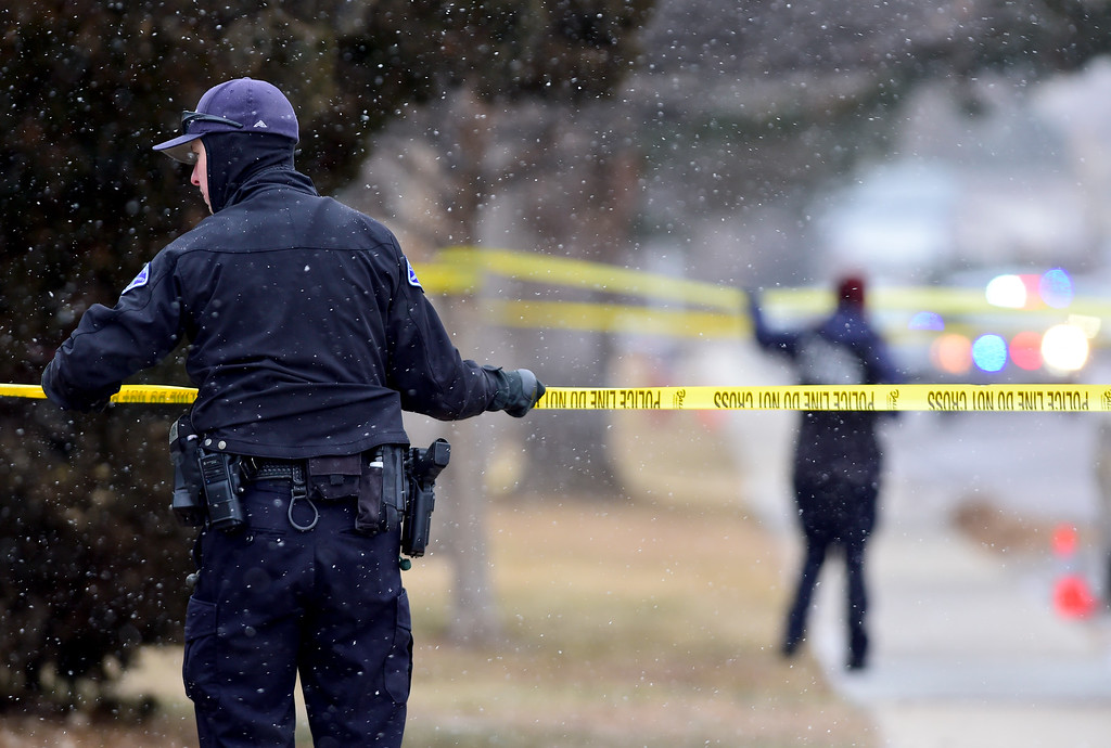 . LONGMONT, CO - DECEMBER 31:Longmont Police expand the scene around a fatal officer involved shooting on the 2200 Block of Pratt Street in Longmont on Dec. 31, 2018. (Photo by Matthew Jonas/Staff Photographer)