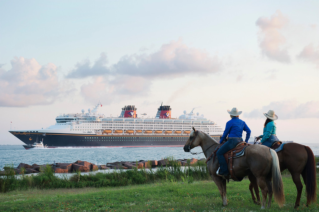 Popular DISNEY CRUISE LINE ports return including NY, CA, and TX for Fall 2017 sailings