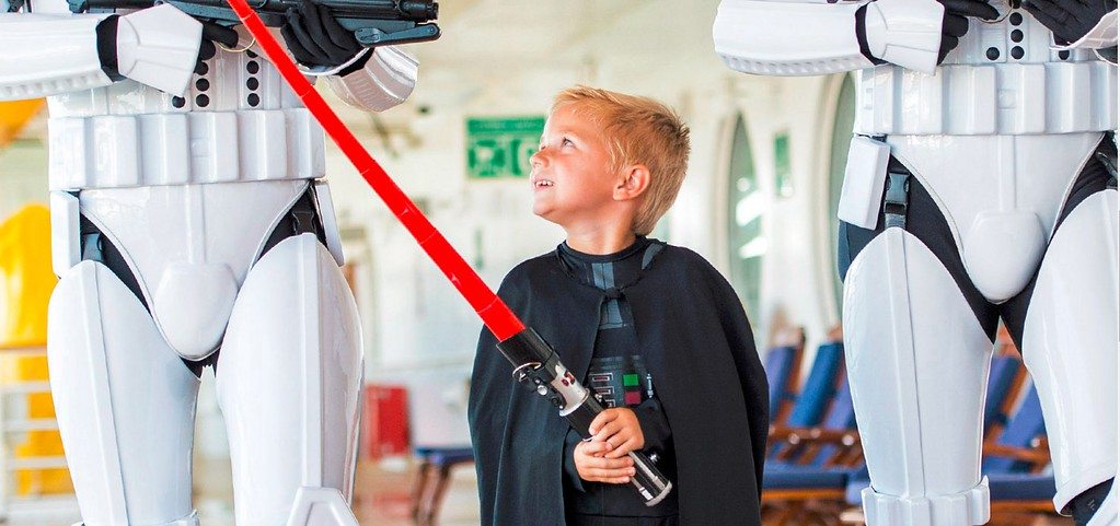 STAR WARS DAYS AT SEA expanded in 2017 with even more dates, offerings