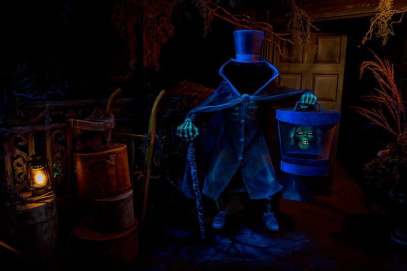 Disneyland Hatbox Ghost in the Haunted Mansion