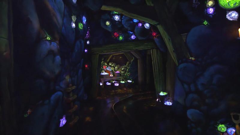 snow white's enchanted wish disneyland (2)