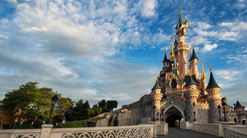 disneyland paris sleeping beauty castle Le Château de la Belle au Bois Dormant