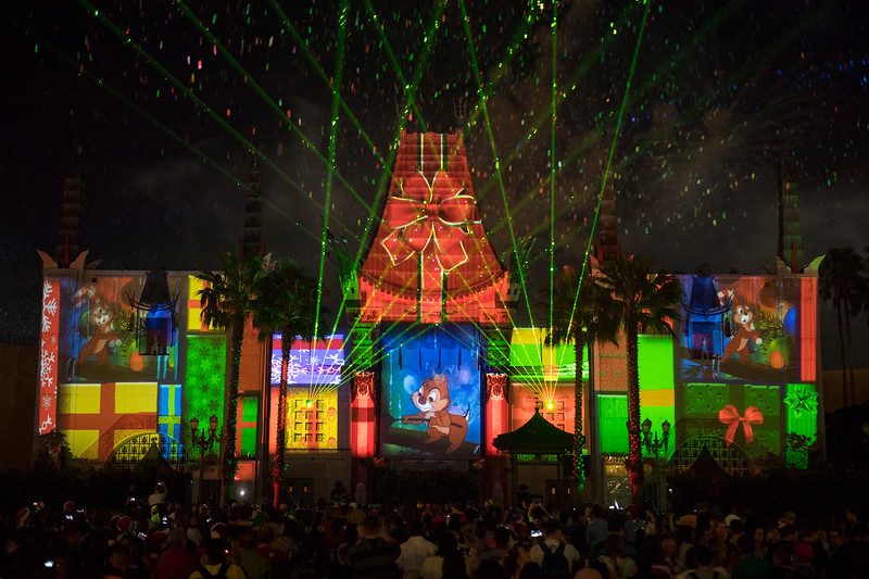 TUNE IN: Live stream of Disney Hollywood Studios JINGLE BELL JINGLE BAM