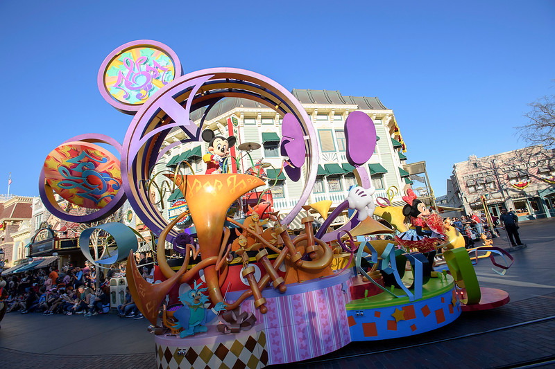 """Mickey's Soundsational Parade"""