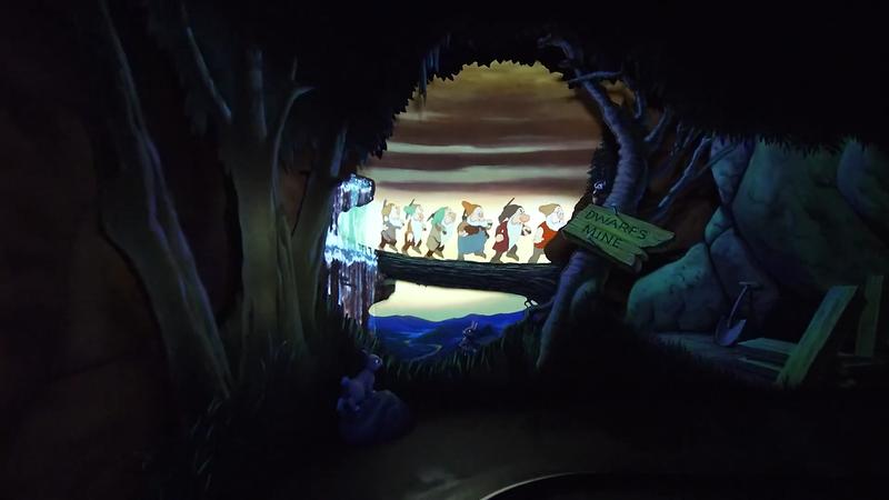 Snow White's Enchanted Wish Disneyland First Look (13)