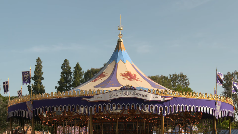 king arthur carrousel disneyland refurbishment 2021 (1)