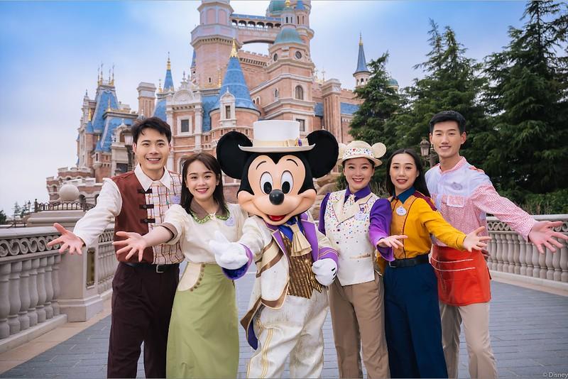 shanghai disneyland 5th anniversary birthday celebration (7)