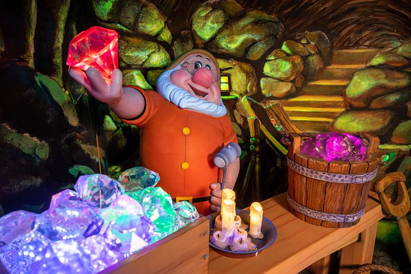 Snow White's Enchanted Wish at Disneyland Park