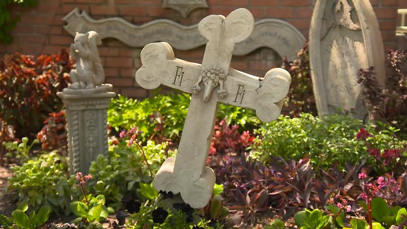 disneyland haunted mansion reopening april 30 (8)